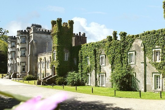 7 Night Irish Castle & Manors Tour from $1391CAD incl Car Rental - Save 15%